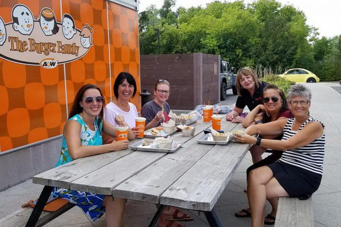 WBN board members Josée Kiss, Lori McKee, Tracey Ormond, Anne Driscoll, Rencee Noonan, and Arlene Blunck supporting the Multiple Sclerosis Society of Canada during the 10th Annual Burgers to Beat MS Campaign (Anne is the society's Fundraising and Community Outreach Coordinator). (Photo: WBN)
