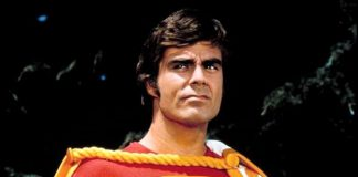 """Jackson Bostwick as Captain Marvel in the Saturday morning live-action TV series """"Shazam!"""", which ran on CBS from 1974 to 1977. Bostwick will be the featured guest at this year's Peterborough Comic Con on Sunday, September 23rd at the Evinrude Centre. (Publicity photo)"""