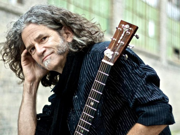 Toronto-based roots singer-songwriter and guitar virtuoso Noah Zacharin performs at The Arlington in Maynooth on Saturday, September 29th. (Publicity photo)