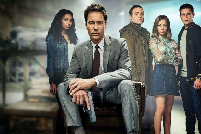 """Netflix has taken over production of the sci-fi hit series """"Travelers"""", and on December 14th will be releasing the second season as well as a new third season. (Photo: Showcase)"""