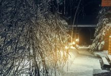 Freezing rain and snow at night