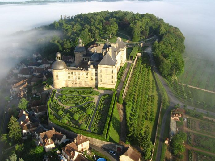 "Château de Hautefort, located around 25 kilometres north of Terrasson, was originally a medieval castle that was reconstructed in the 17th century and embellished with a Garden à la française. It was featured in the 1998 film ""Ever After"" starring Drew Barrymore."
