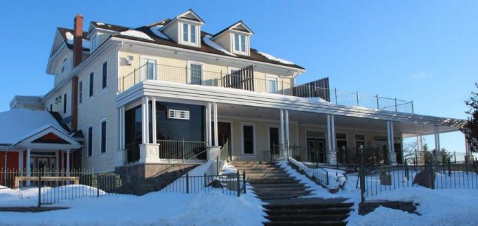 Burleigh Falls Inn, located on Highway 28 just north of the majestic Burleigh Falls, offers special winter getaway packages. (Photo: Burleigh Falls Inn)