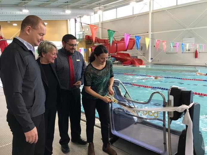 "Peterborough mayor Diane Therrien cuts the ribbon on the new ""pool pod"", which was funded by a $50,000 grant from the Canadian Tire Jumpstart Charities.(Photo: City of Peterborough)"