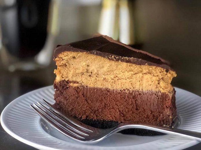 Cake by the Lake is Bobcaygeon's newest cheesecake destination. (Photo: Cake by the Lake)