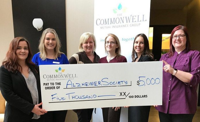 From left to right: Courtney Hope and Allison Walsh of the Alzheimer Society, Karen Willette and Teri Lawrence of The Commonwell Mutual Insurance Group, Pamela Wilson or the Alzheimer Society, and Miki Paczek of The Commonwell Mutual Insurance Group. (Photo: The Commonwell)