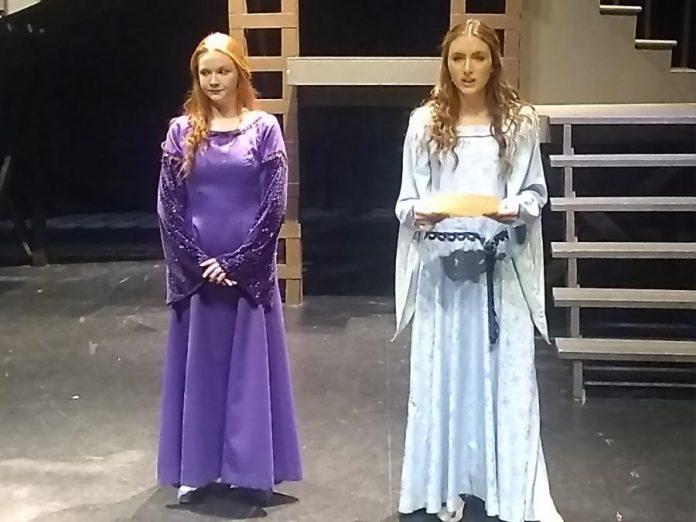 Faith Dickinson as Maid Marion and Mikayla Stoodley as Alice. (Photo: Sam Tweedle / kawarthaNOW.com)