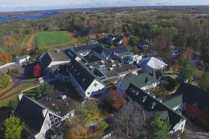 Located on the shores of Lake Katchewanook in Lakefield, Lakefield College School provides a co-educational day and boarding experience for 365 students from over 40 countries in Grades 9 through 12. (Photo: Lakefield College School)