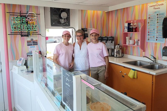 Central Smith Creamery Vice President/Marketing Jenn Scates (centre), pictured in 2018 with employees Allison Zoomer and Molly Strain at the Central Smith Creamery parlour store at 739 Lindsay Road in Selwyn. The creamery is planning an ice cream social on July 20, 2019 to raise funds for he Peterborough Regional Health Centre Foundation. (Photo: Amy Bowen / kawarthaNOW.com)