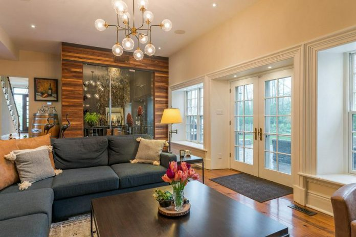 You can comfortably entertain as many as 40 people in the kitchen and family room areas.