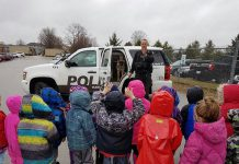 Kawartha Lakes Police Service K9 unit police service dog Xena with handler P.C. Keith Watson visiting a kindergarten class at Leslie Frost Public School in Lindsay in 2017. (Photo: Keith Watson / Twitter)