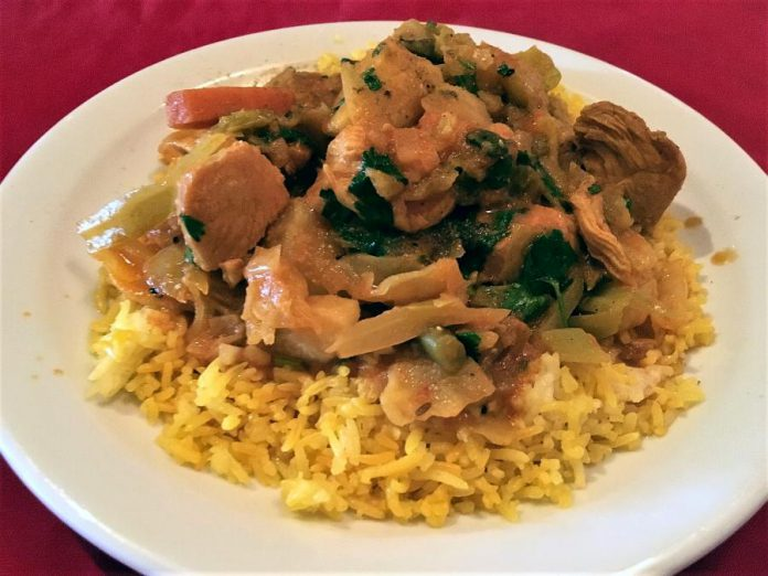 A chicken curry lunch at Curry Village in downtown Peterborough. (Photo: Eva Fisher / kawarthaNOW.com)