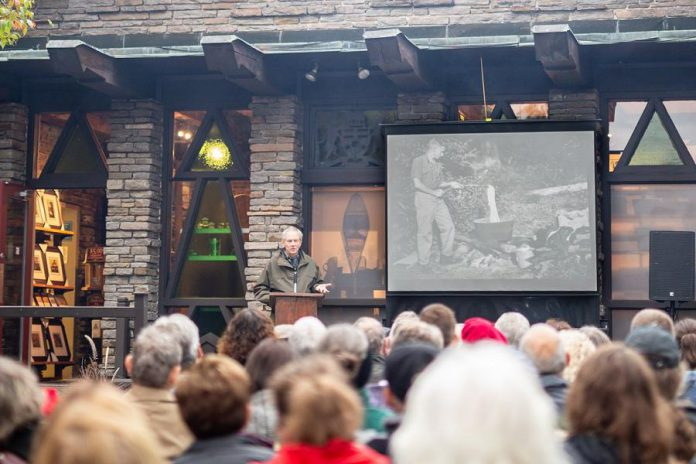 Renowned Canadian wildlife artist and naturalist Robert Bateman speaking about his connections to Algonquin Park and the Algonquin Wildlife Research Station at a 75th anniversary fundraiser for the station at the Algonquin Art Centre in Algonquin Park on September 14, 2019. (Photo: Algonquin Wildlife Research Station)