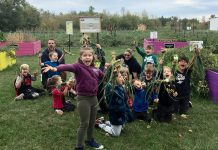 These Grade 2 students harvested 122 pounds of onions at Edwin Binney's Community Garden in Lindsay on September 27, 2019, pushing the total weight of produce harvested in the garden's first year of operation to more than two tons. The fresh produce was donated to local social service agencies, food banks, shelters, and children's programming agencies. (Photo courtesy of United Way City of Kawartha