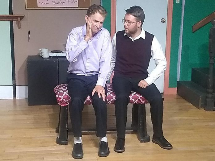"""Micheal Chapman as George and Michael Hart as Paul in Lindsay Little Theatre's production of """"Moon Over Buffalo"""". (Photo: Sam Tweedle / kawarthaNOW.com)"""