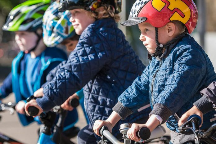 In the Danish city of Odense, four out of five children bike, walk, or skateboard to school, with children as young as five years old cycling on their own. (Photo: Thomas Mørkeberg)