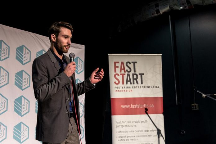 A finalist making his pitch to the judges at a previous Cubs' Lair entrepreneurial competition. (Photo: Innovation Cluster)