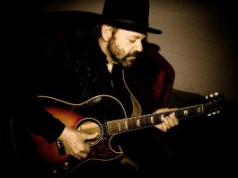 """Singer-songwriter and virtuoso guitarist Colin Linden, who has performed with the likes of Bob Dylan, Bruce Cockburn, Emmylou Harris, Robert Plant and Alison Krauss, will be performing a rare solo concert at Market Hall Performing Arts Centre on November 30, 2019. The music director of the hit TV series """"Nashville"""", Colin has recently been touring the U.S. and U.K. as a member of Nashville star's Charles Esten's band. (Photo: Laura Godwin)"""
