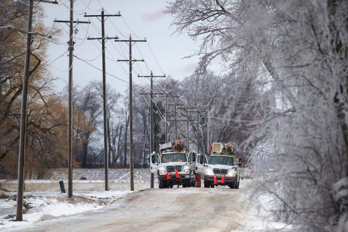 Hydro One crews on site after an ice storm. (Photo: Hydro One / Facebook)