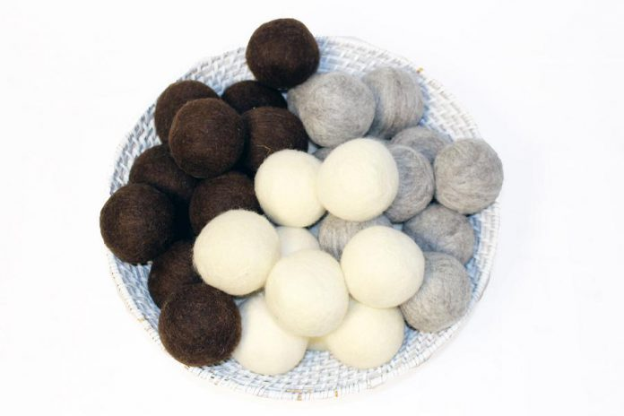Canadian-made wool dryer balls Moss Creek Wool Works. (Photo courtesy of GreenUP)