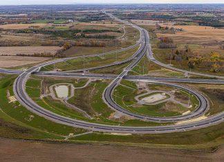 The new interchange between Highway 407 and Highway 35/115 will be open to drivers beginning December 9, 2019, ahead of schedule. (Photo: Blackbird Infrastructure Group)