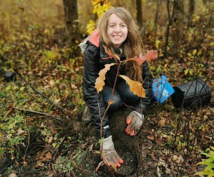 Fleming College student Paula Torti was one of more than 150 volunteers with Kawartha Land Trust who helped plant 18,730 native trees and shrubs in 2019. Kawartha Land Trust is the only non-governmental charitable organization committed to protecting land in the Kawarthas. (Photo courtesy of Kawartha Land Trust)
