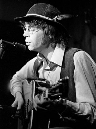 Bruce Cockburn in 1969 performing at the Riverboat Coffee House in Toronto's Yorkville. (Photo: York University Archives)