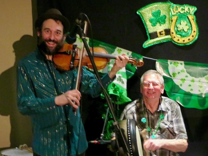 Fiddlin' Jay Edmunds and Ron Kervin performing at Foley's Irish Pub in 2018. (Photo courtesy of Theresa Foley)