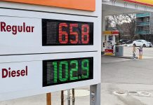 The price of gas at the Shell station at Hunter and Burnham streets in Peterborough's East City dropped from 73.5 to 65.8 cents per litre minutes before this photo was taken on March 25, 2020. THe last time gas prices were this low was in 2003, and the price could continue to drop. (Photo: Bruce Head / kawarthaNOW.com)
