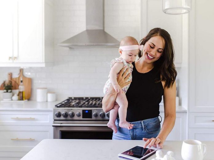 Pilates on Demand owner and CEO Jessica Dalliday with her daughter Rachel working remotely from home. (Photo courtesy of Innovation Cluster)
