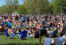 Recent increases in the number of positive COVID-19 cases in Ontario and this large group gathering at Trinity Bellwoods Park in Toronto on May 24, 2020 has prompted the Ontario government to extend all emergency orders, including the five-person restriction on social gatherings, until June 9, 2020. (Photo: Dr. Eileen de Villa / Twitter)