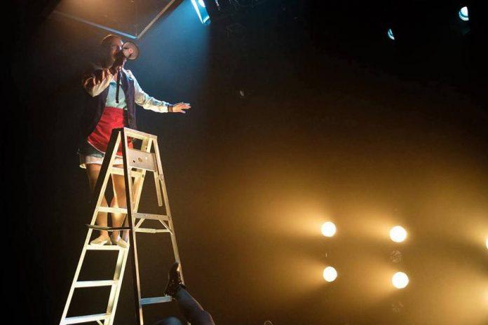 Caroline Yergeau performs in Et si un soir, produced by Théâtre Rouge Écarlate in partnership with Théâtre du Trillium at La Nouvelle Scène Gilles Desjardins in Ottawa. (Photo: Jonathan Lorange via Ontario Arts Council)