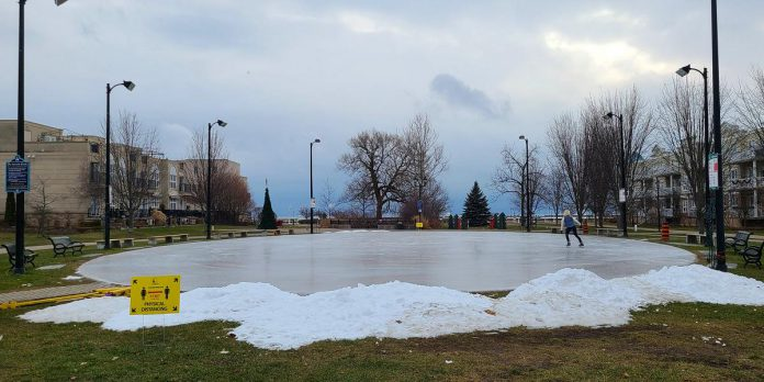 The Rotary Harbourfront Outdoor Rink in Cobourg. (Photo: Town of Cobourg / Facebook)