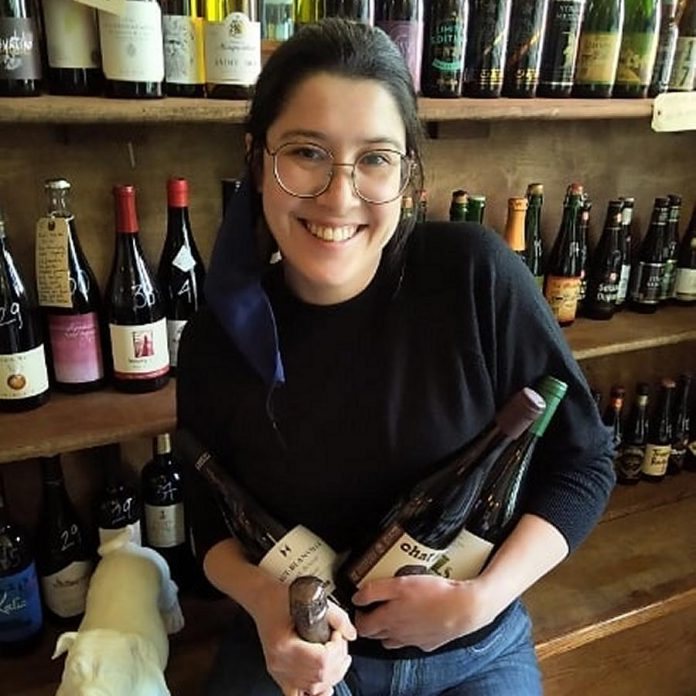 Le Petit Bar owner/operator Shannon Mak has curated a selection of organic, biodynamic and natural wines. (Photo: Le Petit Bar)