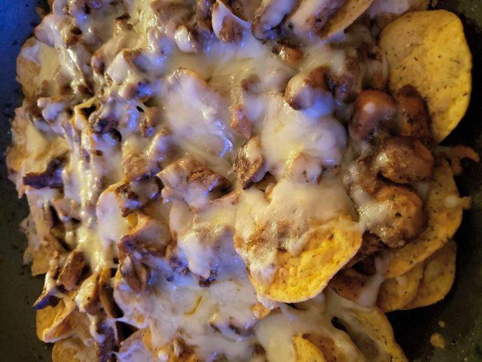 Wah-Jamakin offers new takes on Jamaican favourites, like these jerk chicken nachos. (Photo: Wah-Jamakin)