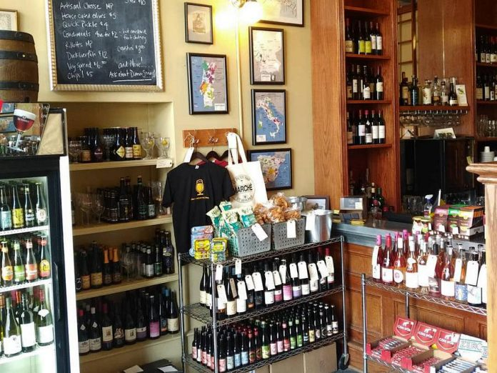 The Le Petit Bar Marché and Bottleshop offers organic, biodynamic, and natural wine, as well as Belgian beer, cheese, charcuterie, and other gourmet goods to go. The marché also has an online shop. (Photo: Le Petit Bar / Facebook)