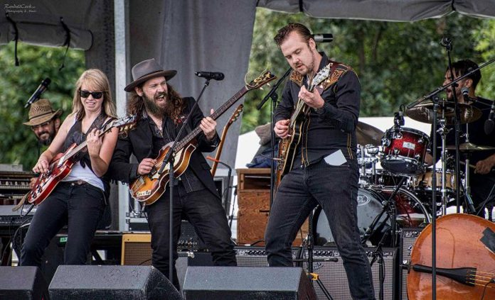 The Weber Brothers band is Ryan and Sam Weber, Ryan Browne, Emily Burgess, and Marcus Browne. (Photo: Randall Cook Photography & Music / randallcook.ca)