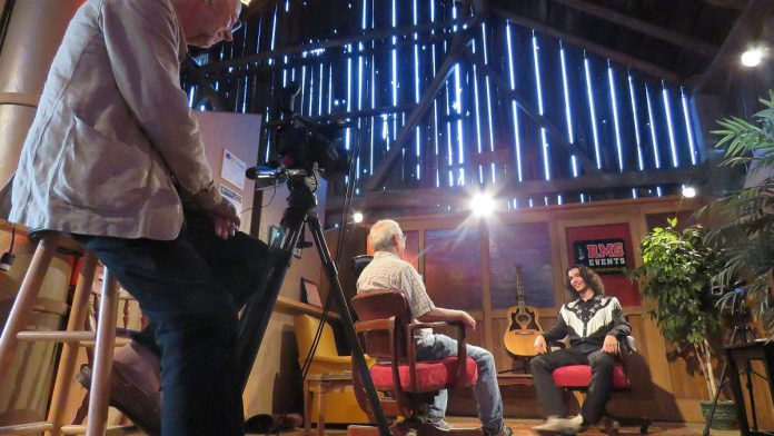 Nicholas Campbell sits down for a chat with kawarthaNOW's Paul Rellinger as part of his Live! At The Barn appearance. The episode featuring Nicholas Campbell and the Two-Metre Cheaters premieres on  YouTube on September 10. (Photo courtesy of Andy and Linda Tough)